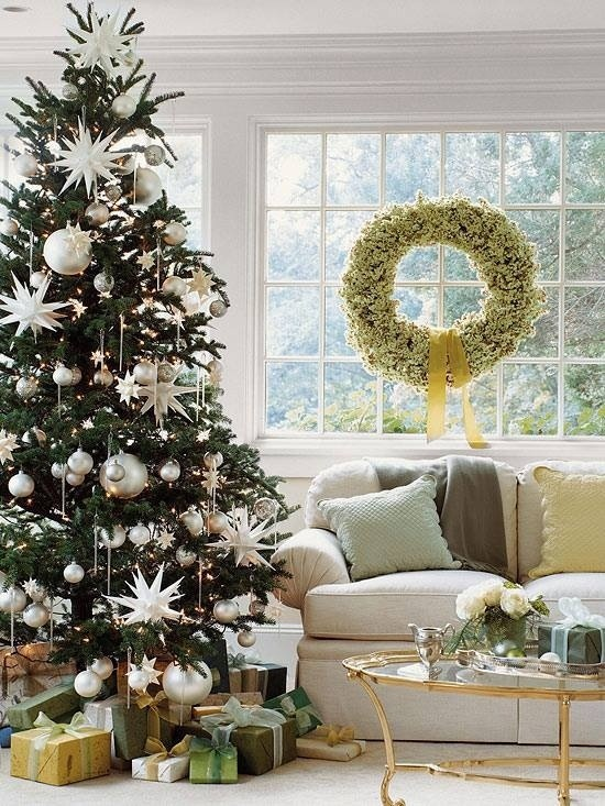 Christmas Magic- Classic Christmas Tree- White and green