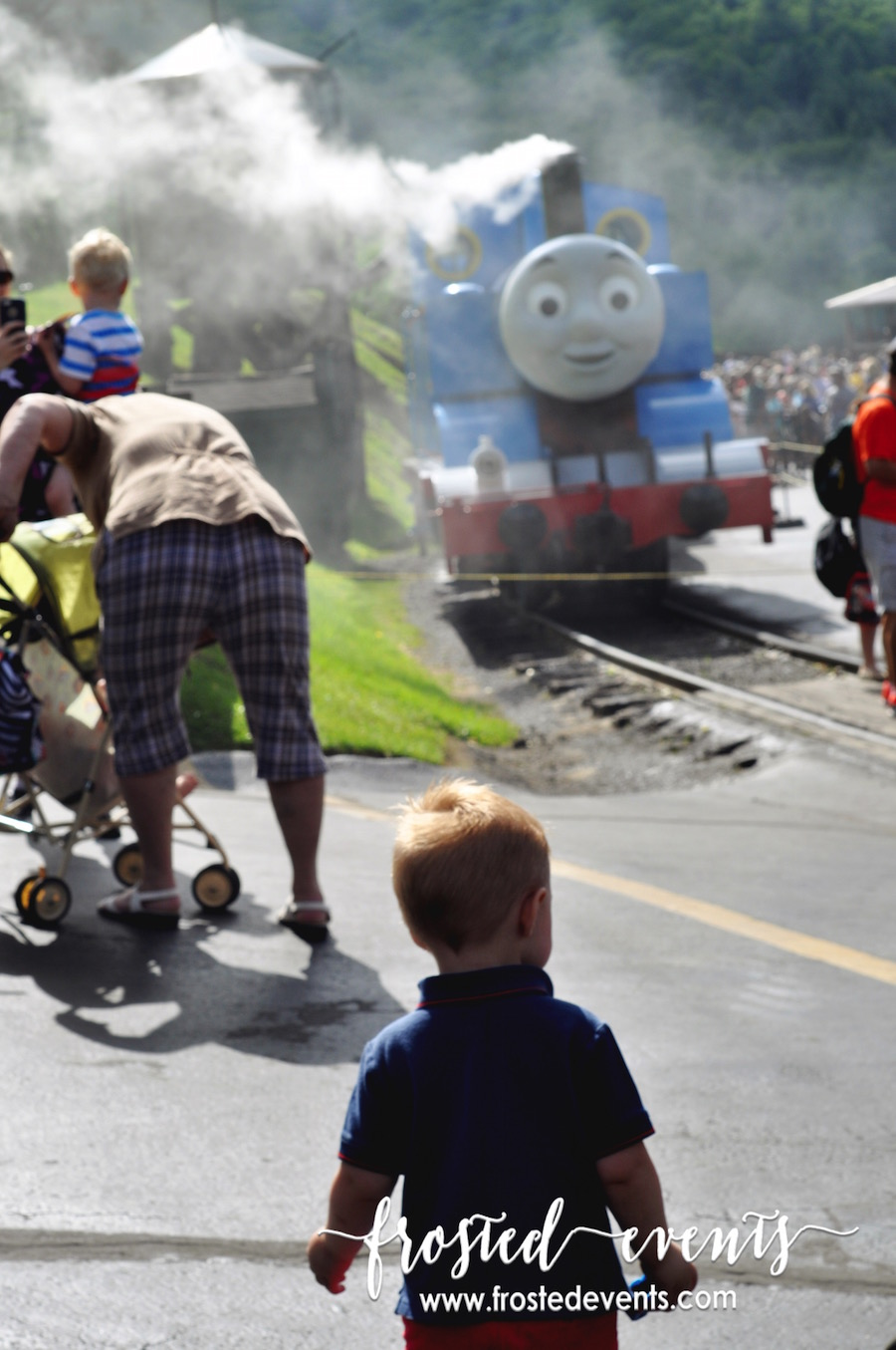 Day Out with Thomas the Train Review- Frosted Events frostedevents.com