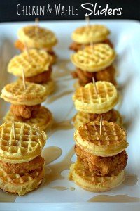 Mini-Chicken-Waffles- Party Food Recipes and Mini Bites, Best Party Appetizers @frostedevents