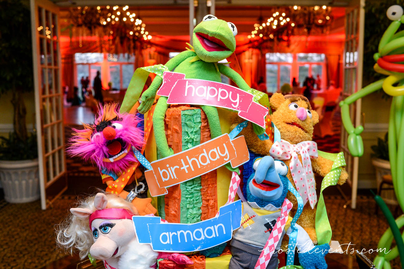 Muppets TV Show- The Muppets Show- Muppets Party Birthday- muppet party decorations #muppets