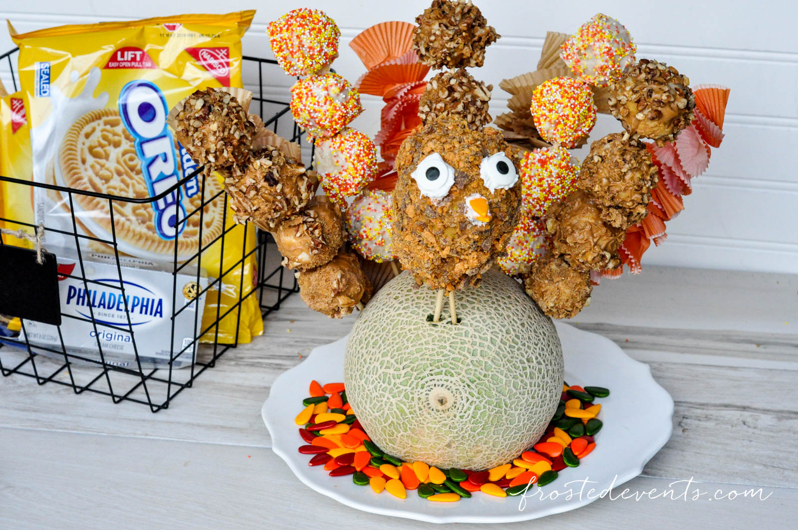 Kids Thanksgiving Treat Ideas Oreo Cookie Balls Turkey frostedevents.com