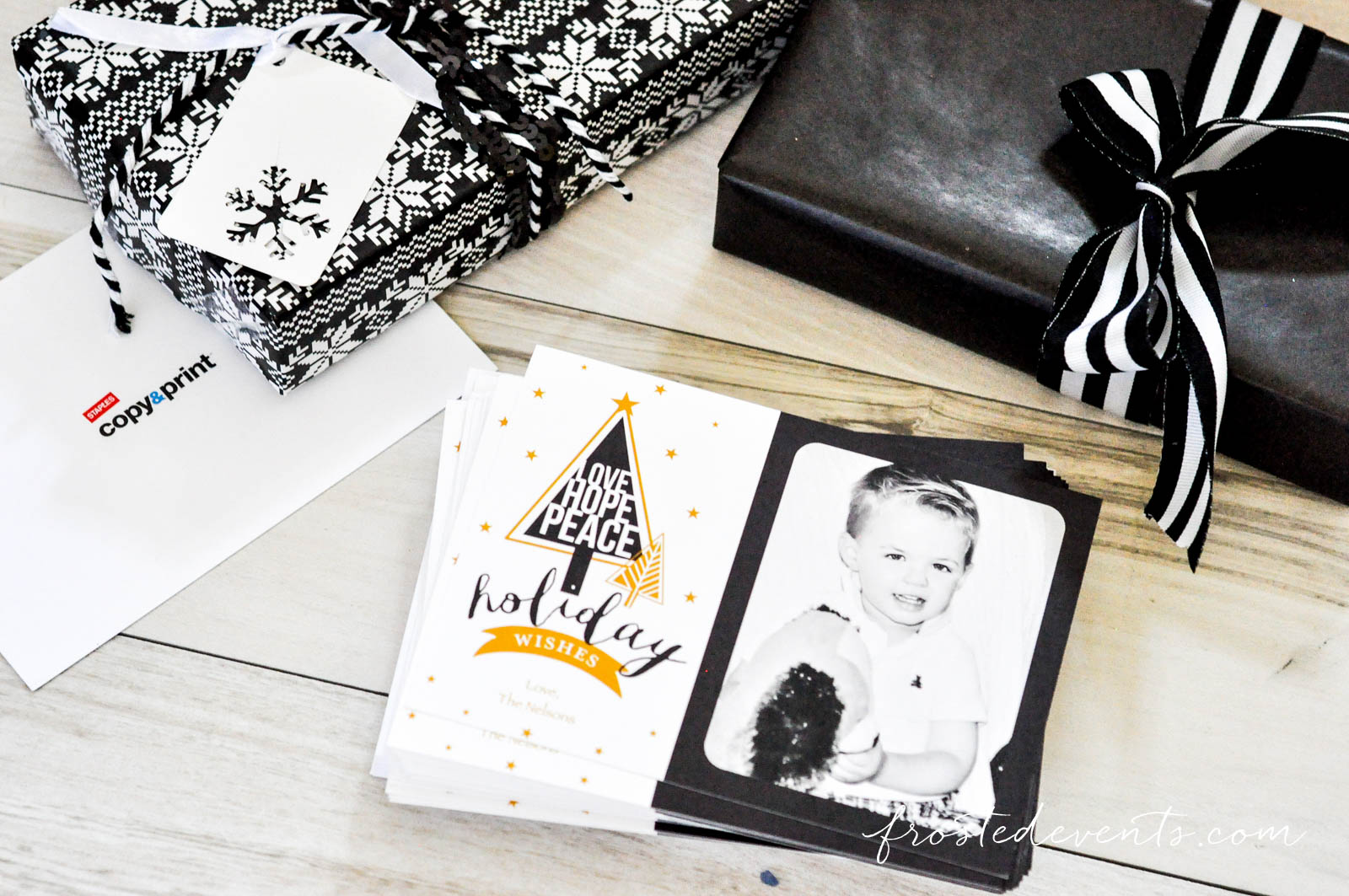 Fun Family Christmas Card Ideas and Holiday Cards from Staples @frostedevents