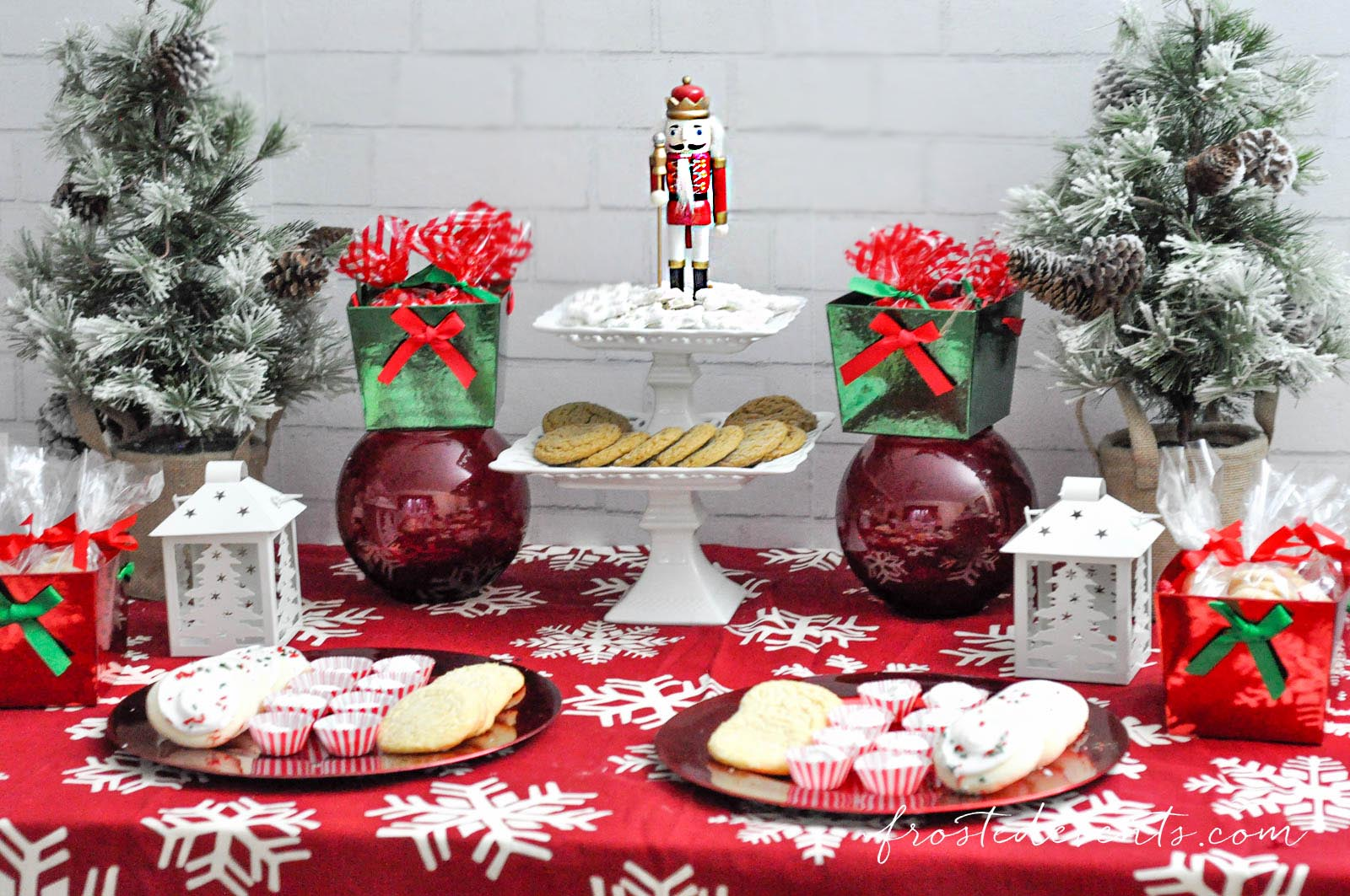 Watch How to Host a Christmas Cookie Exchange video