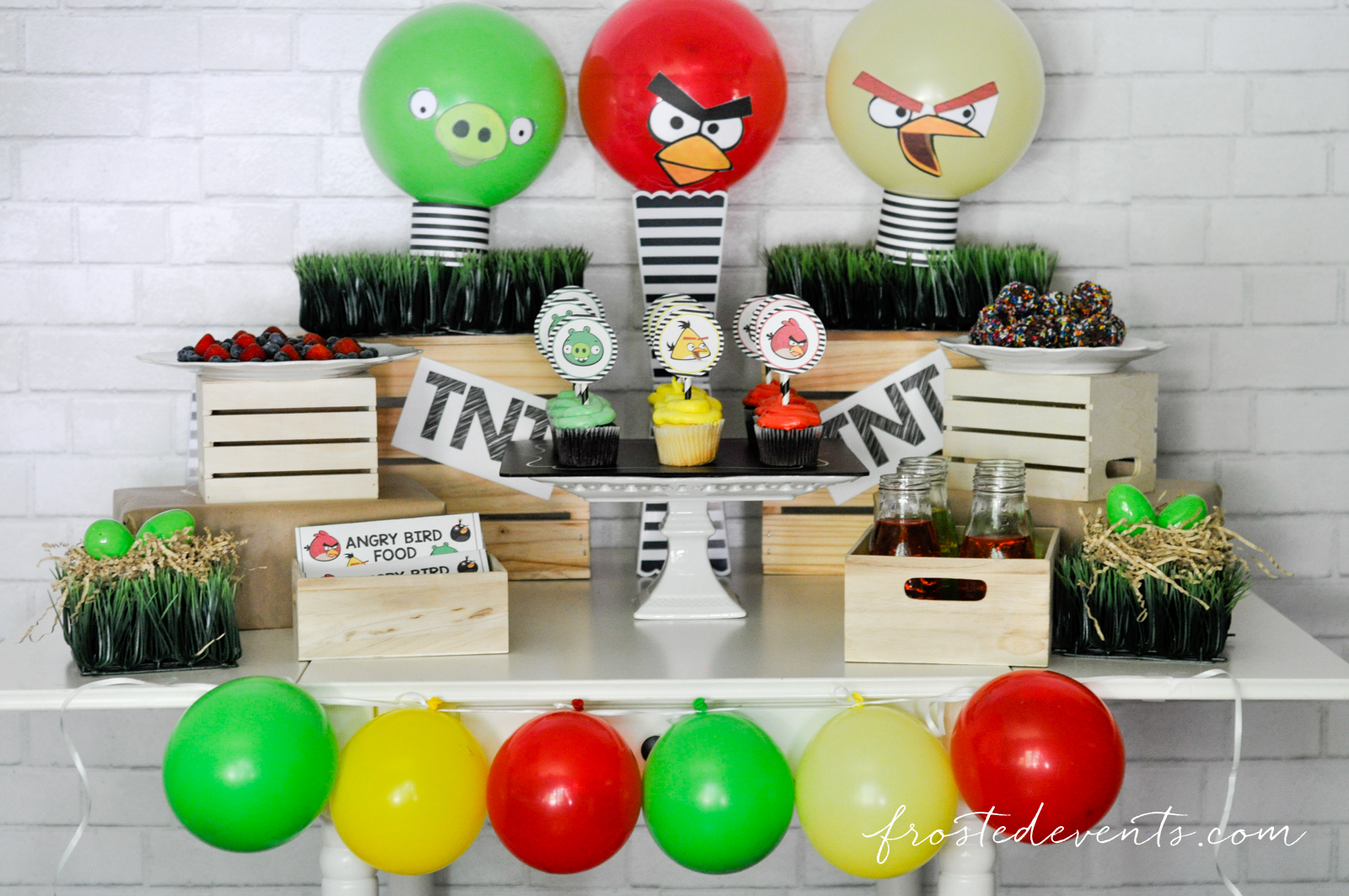 Angry birds party free printables for Angry birds party decoration ideas