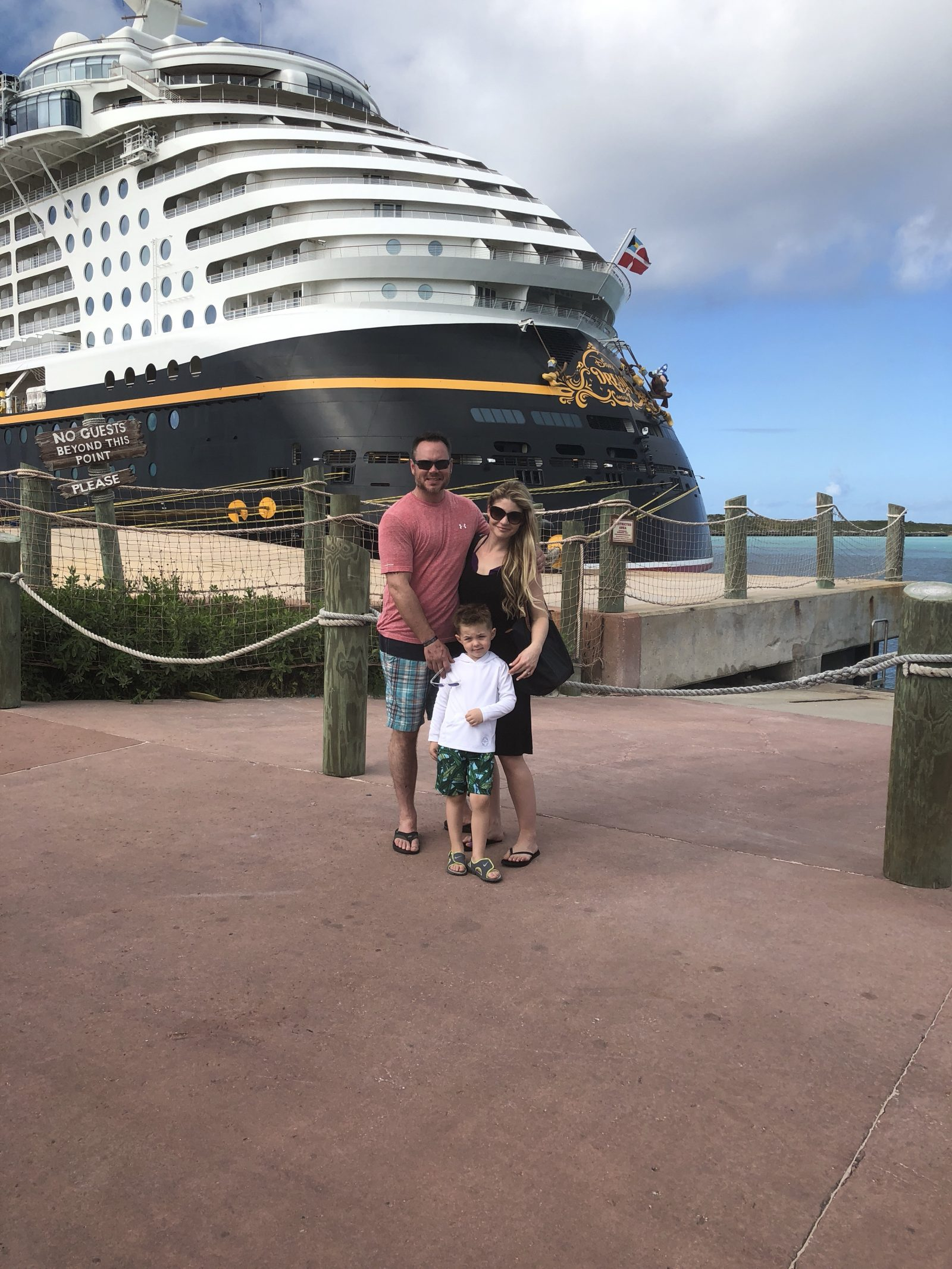 Disney Dream Cruise Ship -Family Vacation Castaway Cay - DisneySMMC Disney Social Media Moms Celebration 2018 via Misty Nelson #disneysmmc #disneymoms