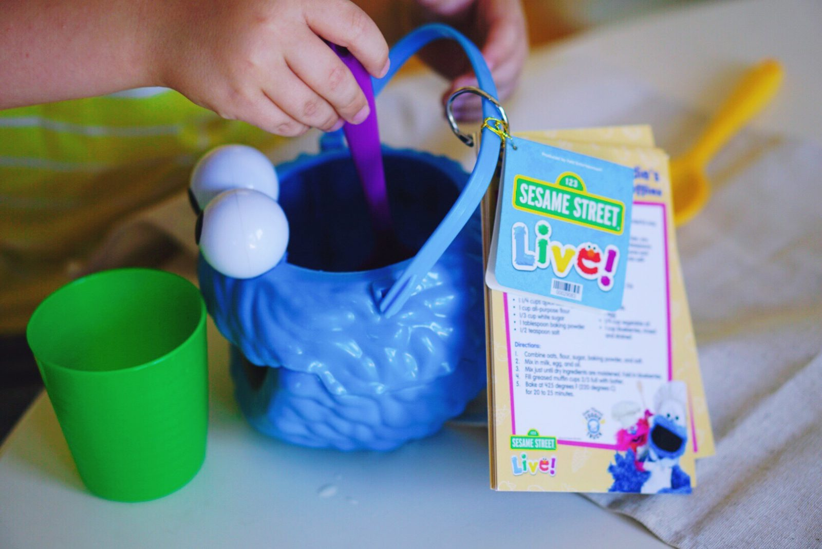 Sesame Street Live Show for Preschool Age Kids New Make Magic show coming to town near you! Get tickets now -- Misty Nelson, @frostedevents Mom blog, parenting and family friendly sites