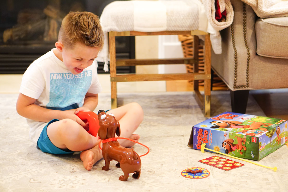 Fun Games for Kids -Family Game Night Picks - Doggie Do via Misty Nelson Frosted Blog frostedevents.com #kidsgames #toys #kidstoys
