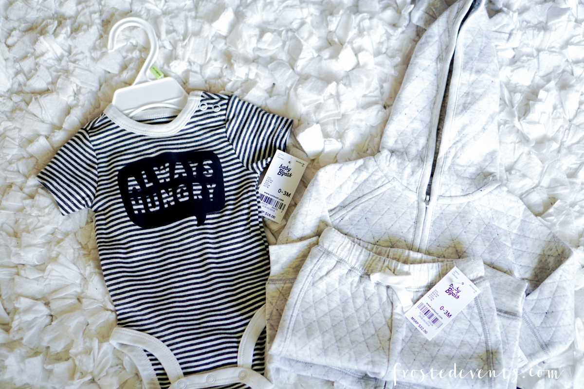 Newborn Stuff - New Mom List of Essentials and Baby Products via Misty Nelson, Frosted Blog @frostedevents