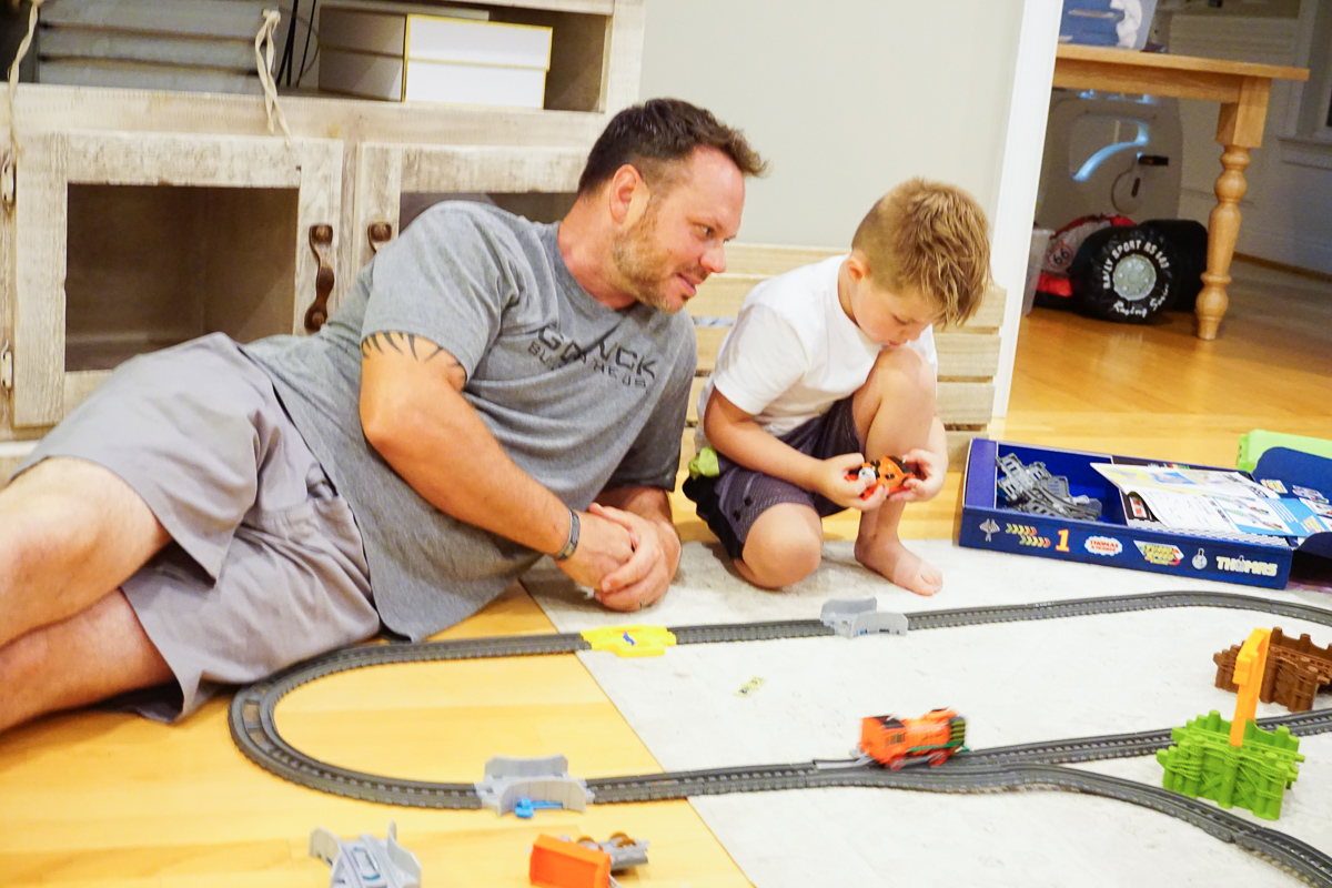 Thomas the Train Set from Fisher Price- Best Kids Toys 2018 -Toys for Boys - Boys Toys Age 4 to 6 via Misty Nelson, Frosted Blog @frostedevents