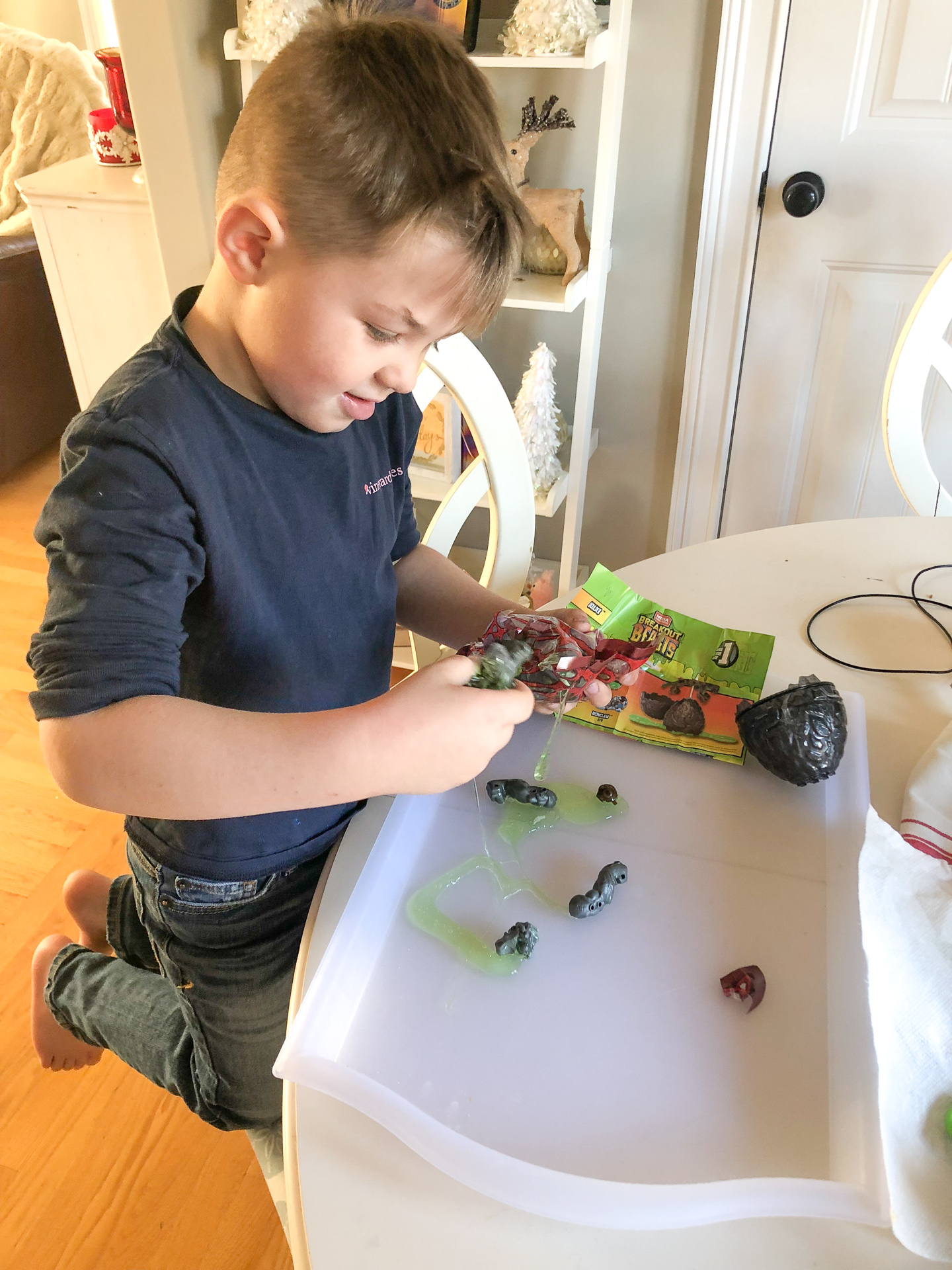 Breakout Beasts Surprise Egg Slime Toys