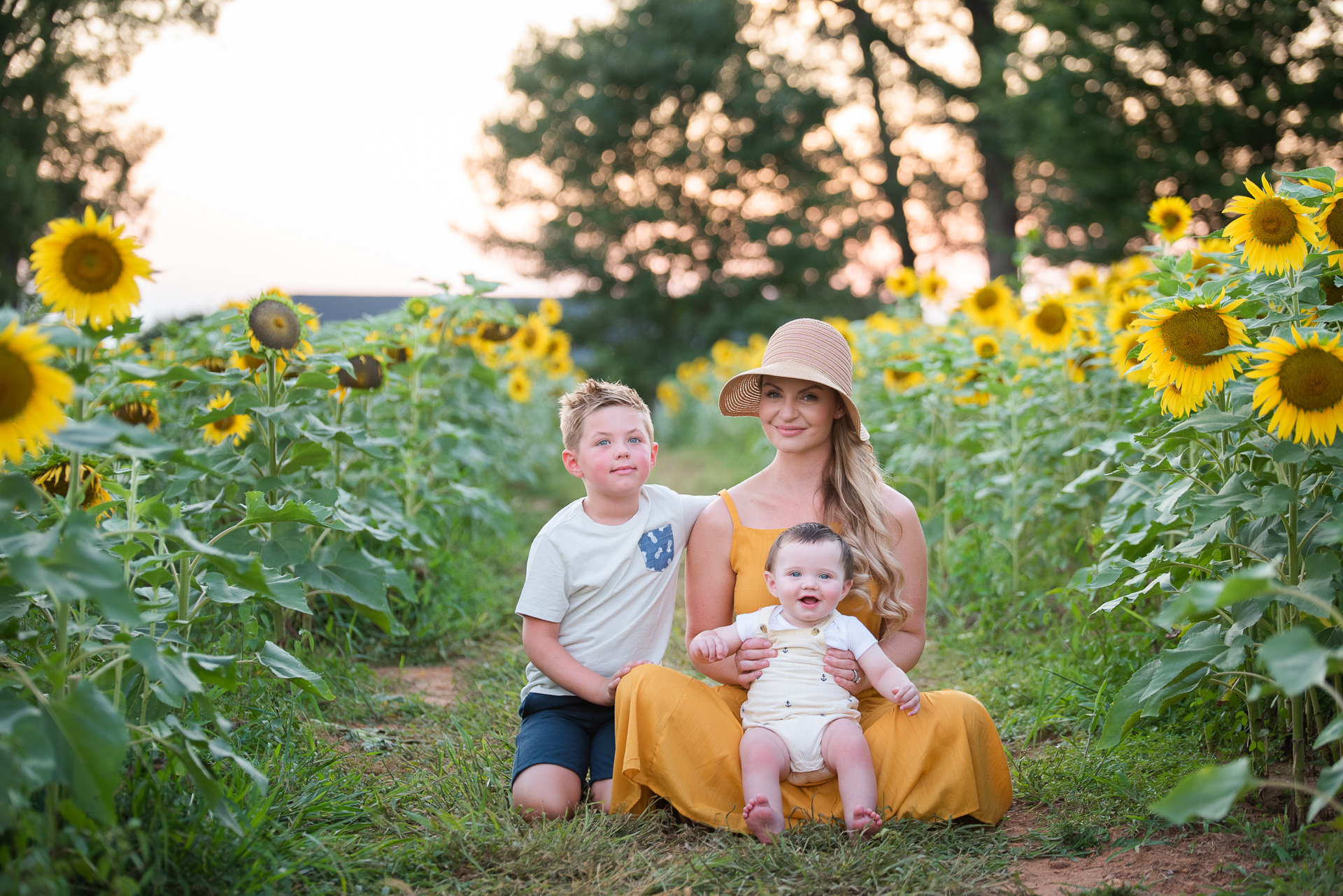 Sunflower fields near me - Sunflower field photos by Yasmin Leonard Photography, NC family photographer - Misty Nelson family photos, blogger @frostedevents