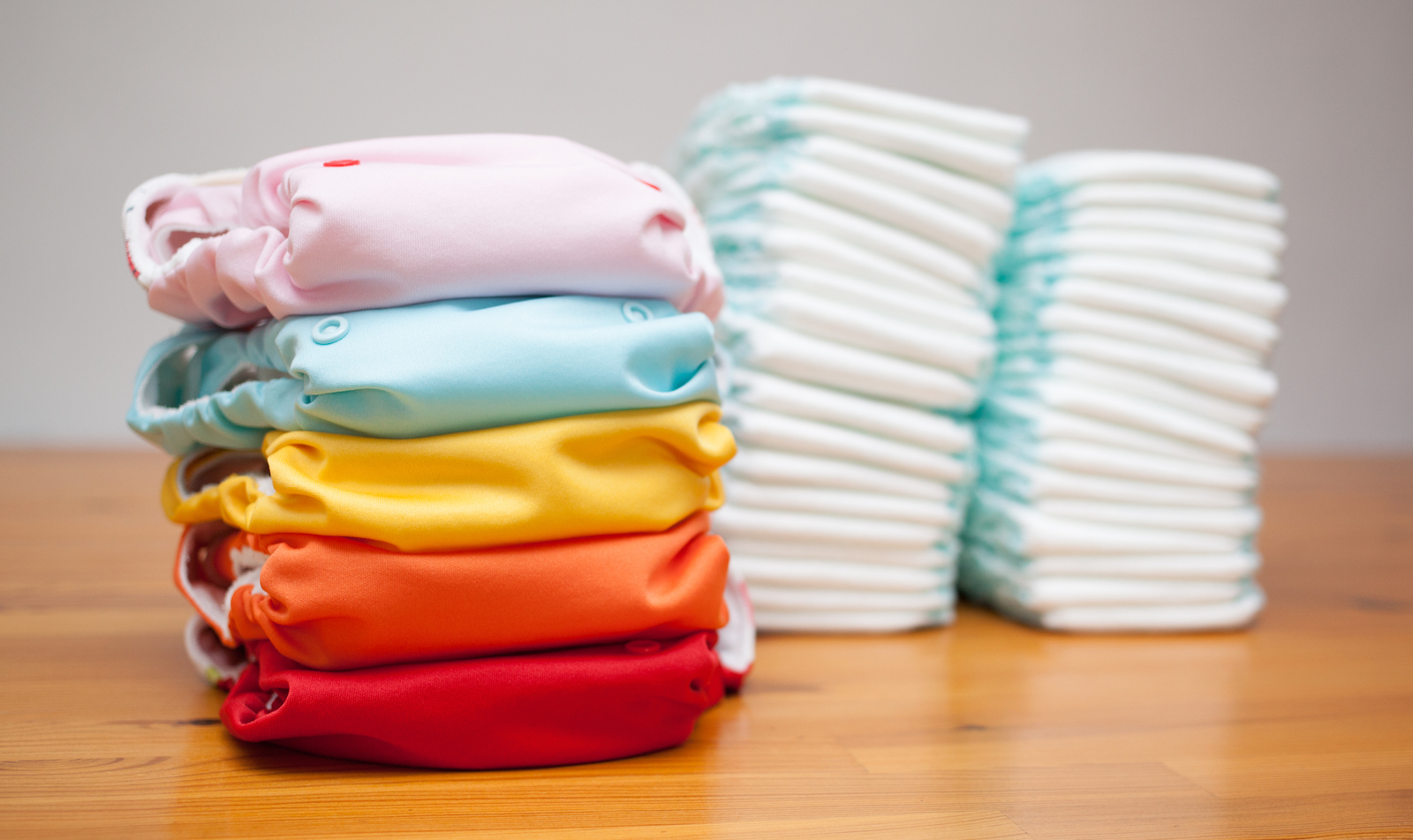 Cloth Diapers - The best baby diapers, how to clean reusable diapers and where to buy