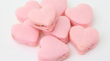 Valentines Day Treats - Heart macaroons