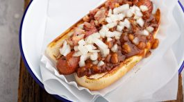 Hotdog toppings - 10 ways to top a hot dog